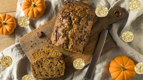 10 Pumpkin Bread Recipes That Taste Like Fall | StyleCaster