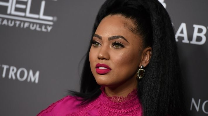 """Ayesha Curry Went Blonde and """"Fans"""" Are Being Seriously Rude About It"""
