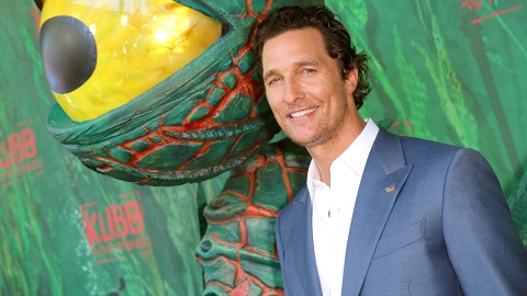 Matthew McConaughey Didn't Talk to His Mom For 8 Years After She Leaked Stories About Him | StyleCaster