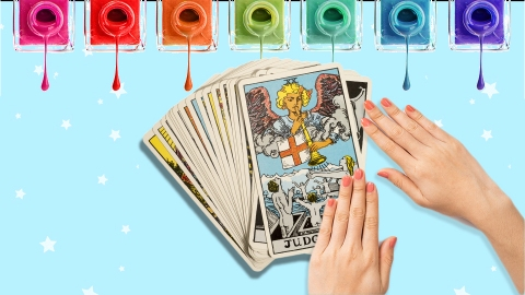 Tarot Card Nail Art Is the Newest Trend of Wearing Your Fortune | StyleCaster