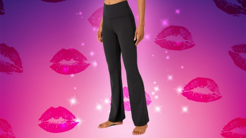 You Guys, It Finally Happened—Yoga Pants Are Cool Again | StyleCaster