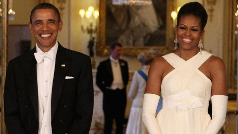 Barack Obama Reveals Why Americans Will Never See Michelle Obama in a Swimsuit | StyleCaster
