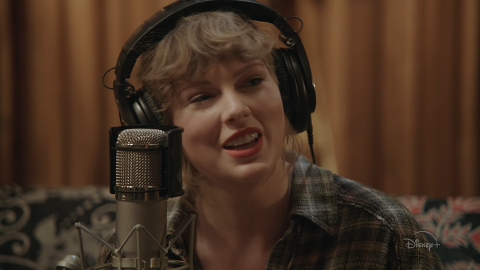 There's a Free Way to Watch Taylor Swift's 'Folklore' Concert & Here's How   StyleCaster