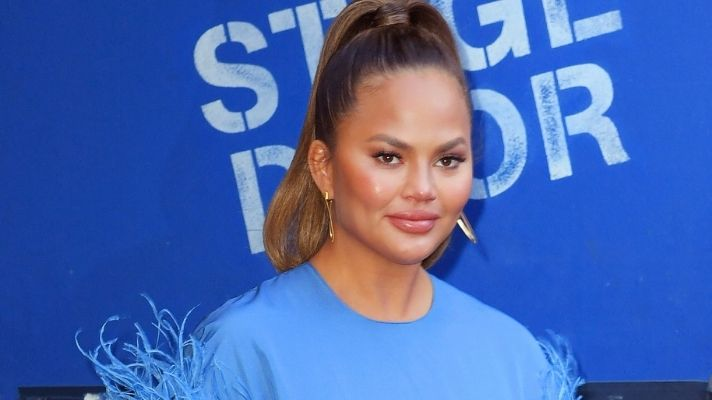 Chrissy Teigen Revealed Her 'Magic' Face Oil & I Need to Try It
