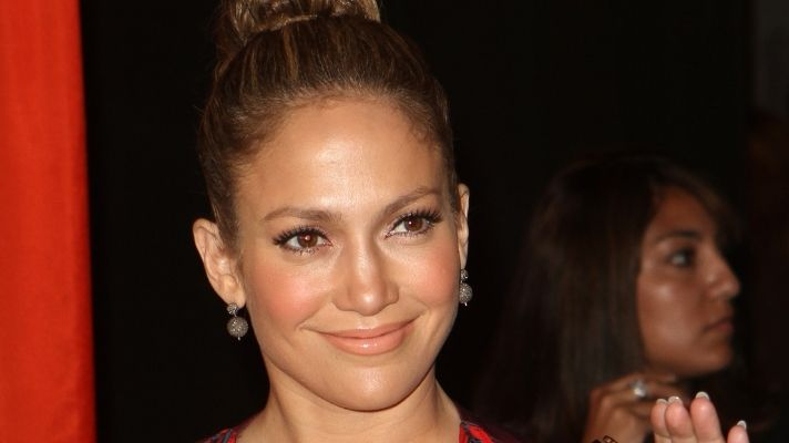 Jennifer Lopez Created This Hair Mask to Deal With Her Own Damaged Hair