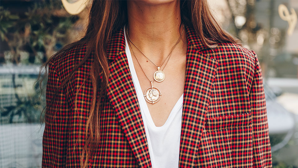 Five 2021 Jewelry Trends To Invest In, From Pendants To Pearls   StyleCaster