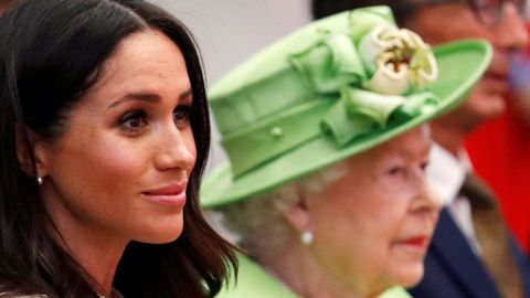 Why Queen Elizabeth Isn't Planning to Comment on Meghan Markle's Miscarriage | StyleCaster