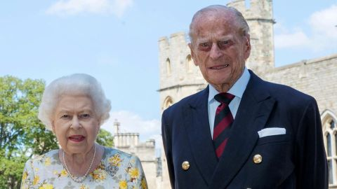 Queen Elizabeth & Prince Philip Don't Normally Live Together & Here's Why | StyleCaster