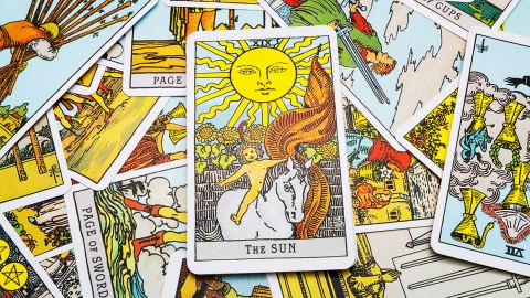 15 Truly Stunning Tarot Decks to Buy for Your New Age-y Friends | StyleCaster