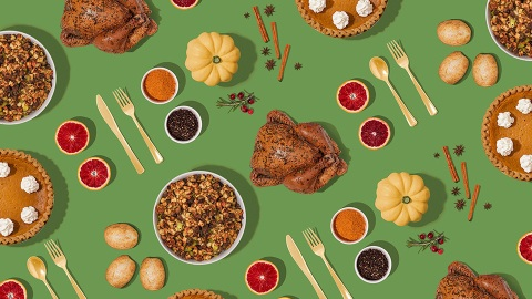11 Thanksgiving Zoom Backgrounds For Your Socially-Distanced Celebration | StyleCaster