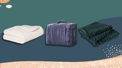 Weighted Blankets Are The Most Comforting Gift Of 2020 | StyleCaster