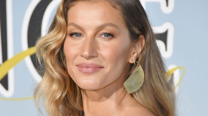 Gisele Bündchen's Favorite Hair Dryer Is $100 Off Right Now, So Hello Bombshell Waves