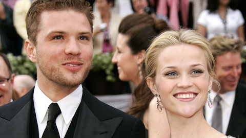 Reese Witherspoon Just Reacted to Ryan Phillippe Shading Her Money | StyleCaster
