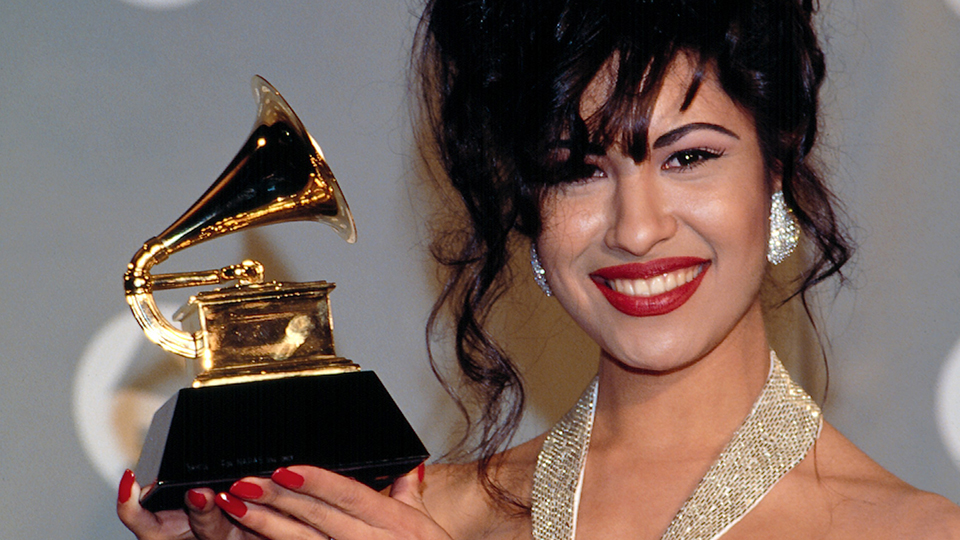Here's How Much Selena Quintanilla Was Worth When She Was Alive | StyleCaster