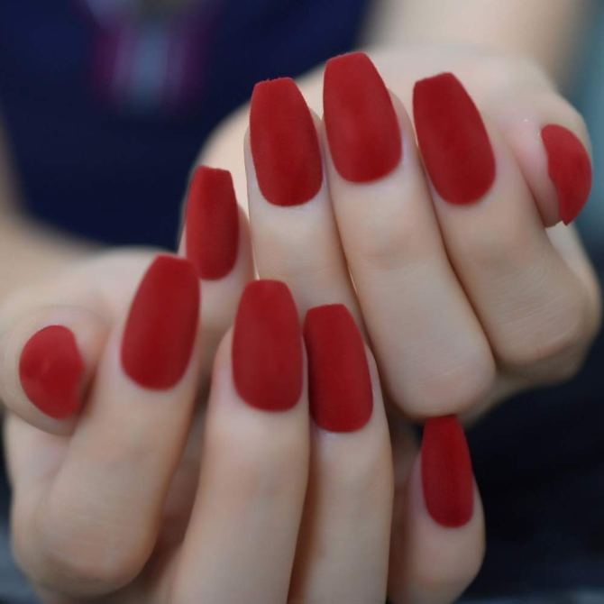Velvet Classical Festival Fingernails Velvet Nails Are the Holiday Nail Trend You Didn't See Coming