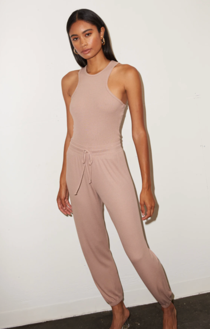 STYLECASTER    Tendenze loungewear 2021