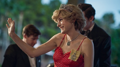 Princess Diana Served Marilyn Monroe Vibes In 'The Crown' Finale & I Can't Unsee It | StyleCaster