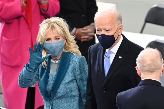 AP 21020591586041 Dr. Jill Biden Wore Sparkles To The Inauguration & Im Screaming