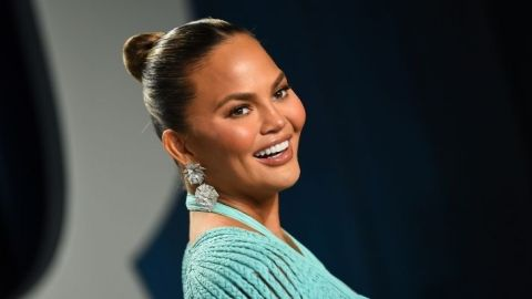 "Chrissy Teigen Is ""Obsessed"" With This $10 Clarifying Face Mask From Target 