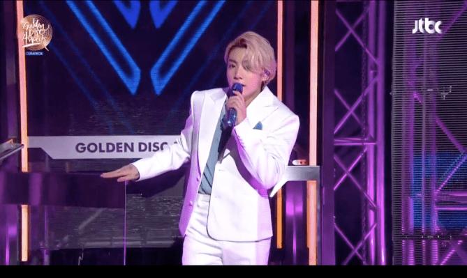 <div>BTS' Jungkook Just Went Blonde & It Looks Dynamite</div>