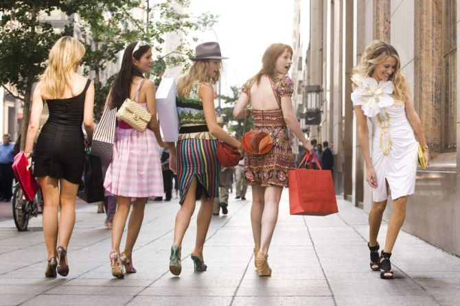 STYLECASTER | And Just Like That Fashion Trends