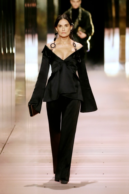 STYLECASTER | Demi Moore Fendi Paris Fashion Week