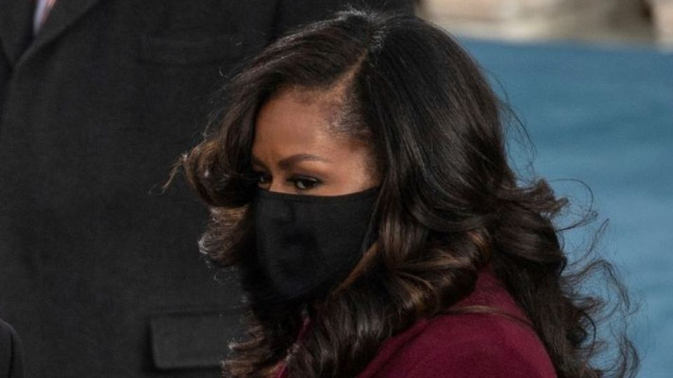 OMG—Michelle Obama And I Use The Same $16 Mascara | StyleCaster