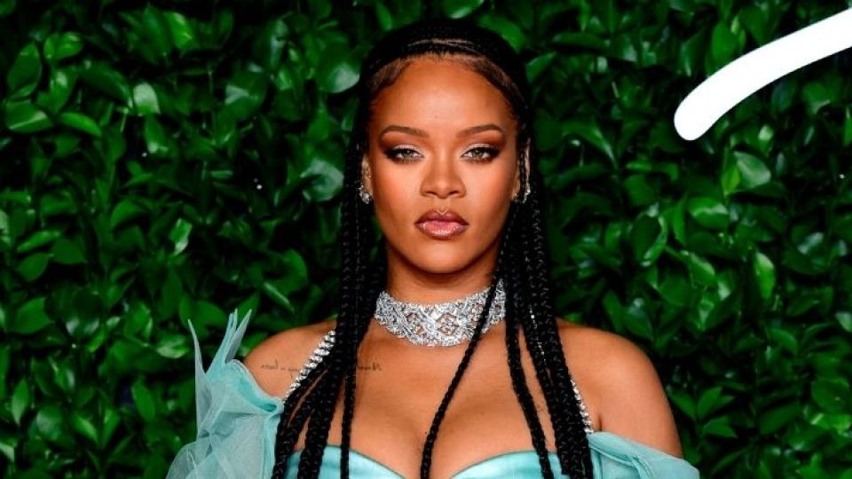 Of Course, Rihanna Pulls Off A Mullet Like No One Else | StyleCaster