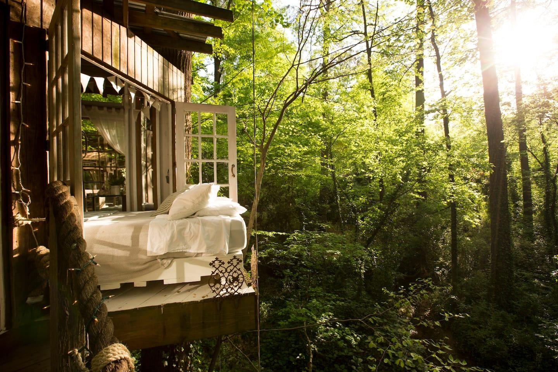 STYLECASTER    Airbnb romântico