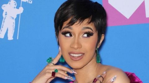 """Cardi B Responds To Haters Saying She Looks """"Weird"""" Without Makeup 