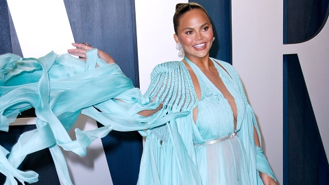Chrissy Teigen Had a Major Wardrobe Malfunction—But She Covered It Up in a Genius Way | StyleCaster
