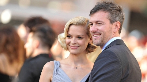 Jaime King's Husband Just Had a Baby With His GF Less Than a Year After His Divorce   StyleCaster