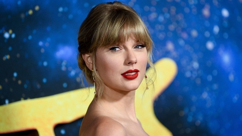 Taylor Swift's Re-Recording of 'Love Story Has One Major Difference From the Original   StyleCaster