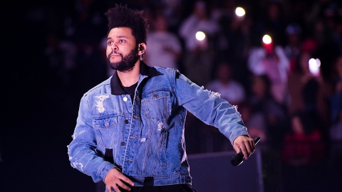 Will The Weeknd Be Paid For His Super Bowl Performance? Here's His Halftime Show Salary | StyleCaster