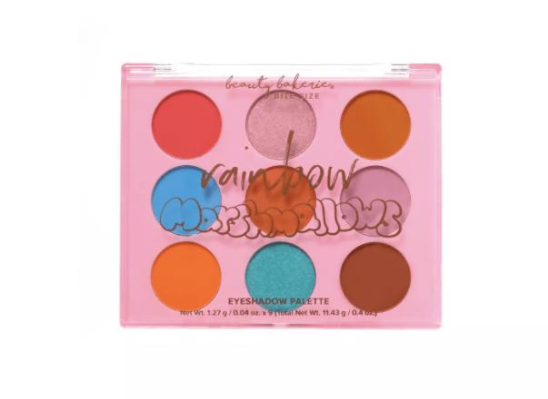 palette di ombretti beauty bakerie in formato morso Beauty Bakerie ha appena lanciato una nuova linea a prezzi accessibili e adorabili su Target