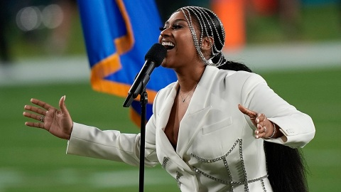 Jazmine Sullivan's White-Hot Super Bowl Look Did NOT Have To Slay So Hard   StyleCaster