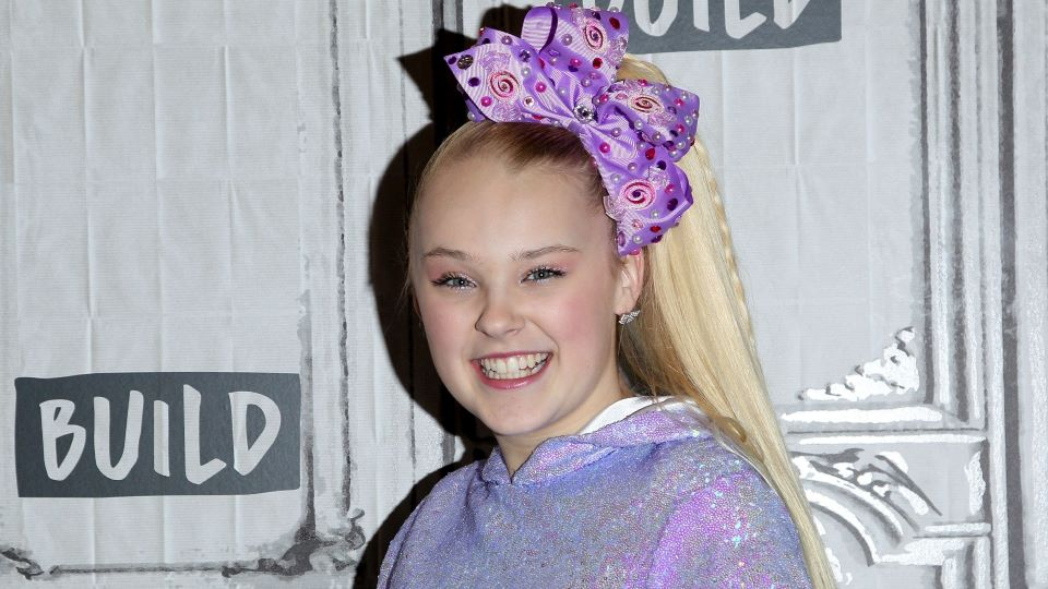 Jojo Siwa Girlfriend 2021 Who Is Kylie Dating Relationship Details Stylecaster