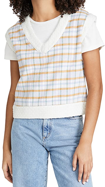 STYLECASTER | Sweater Vest Trend