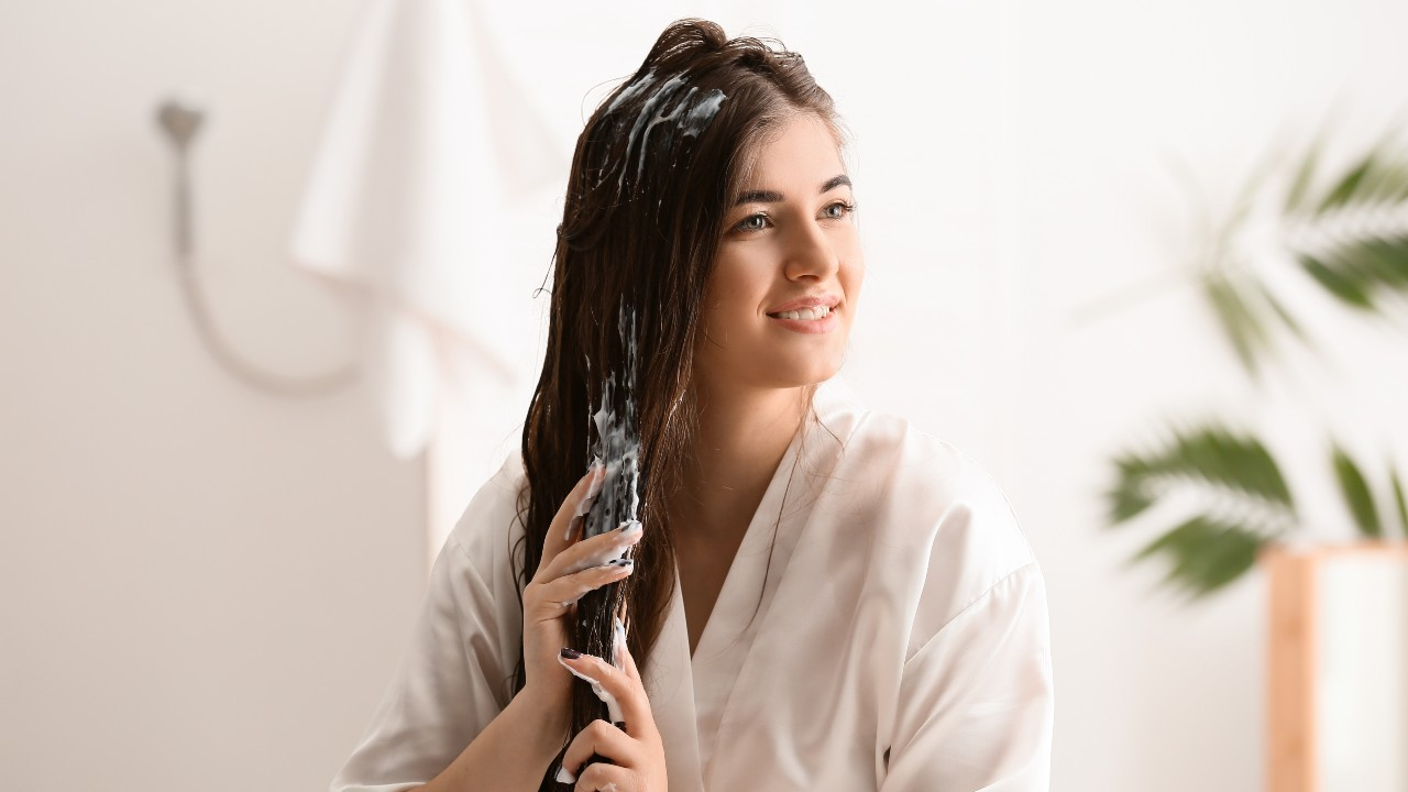 Grown-Up Detangling Sprays For Silky-Smooth Strands