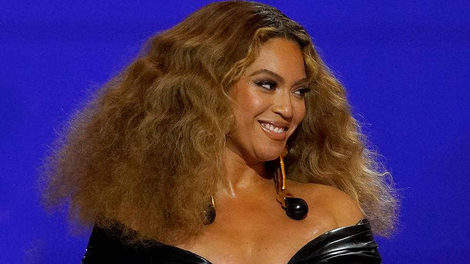 Beyoncé's Massive Earrings Look Heavier Than Her GRAMMYs Trophies