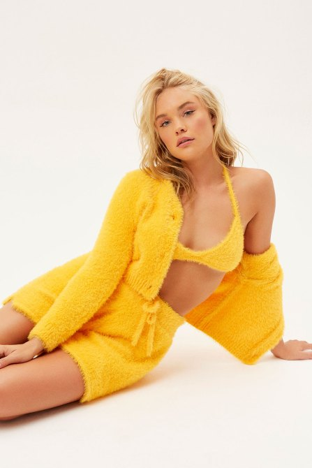STYLECASTER | Frankie's Bikinis Hailee Steinfeld Collection