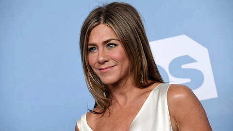 Jennifer Aniston Just Responded to Rumors That She's Adopting Her 1st Child | StyleCaster
