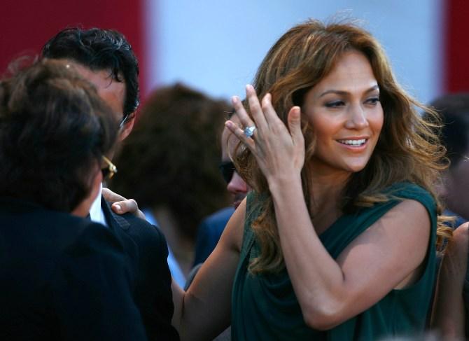 Jennifer Lopez's Engagement Ring From Marc Anthony
