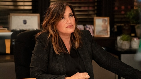 Mariska Hargitay's 'SVU' Salary Is Bigger Than You Think—Here's How Much She Makes | StyleCaster