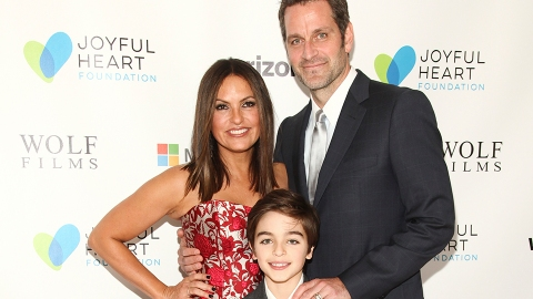 Here's What to Know About Mariska Hargitay's 3 Kids & Blended Family With Peter Hermann | StyleCaster