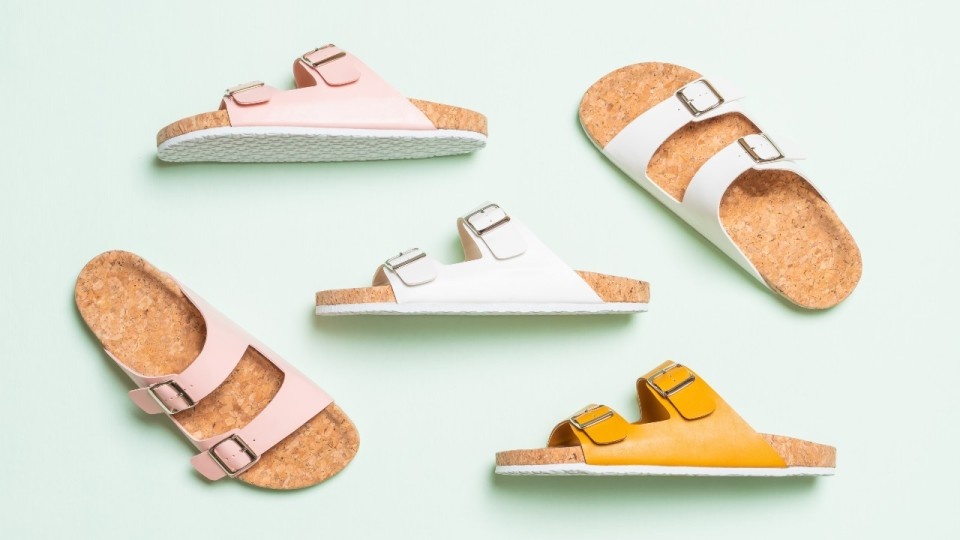 5 Pairs of Comfy & Casual Sandals That You Need This Summer | StyleCaster