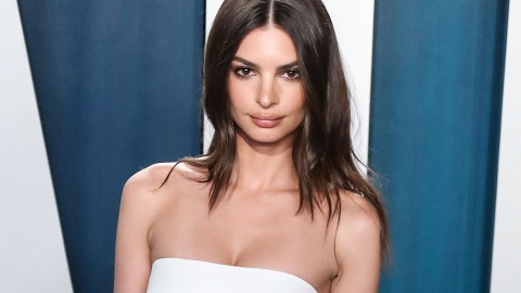 Emrata Just Wore The Perfect White Skirt From Zara & It's Only $40 | StyleCaster