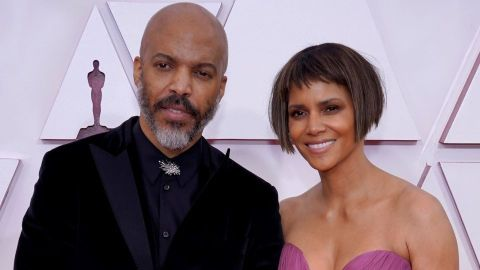 Halle Berry & Her BF Just Made Their Oscars Red Carpet Debut—Here's What to Know About Him | StyleCaster