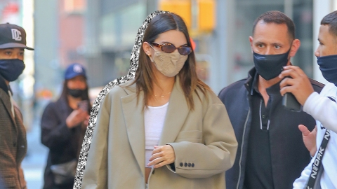 I'm Fully Copying Kendall Jenner's Lime Green Alo Yoga Set | StyleCaster