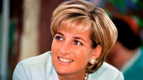 Princess Diana's Iconic Bob Was Actually A Last-Minute Decision | StyleCaster